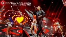 12-16-2017 Ozuna en Prudential Center_8